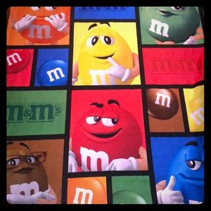 NWOT M&M'S World Colorful M&M Blanket One Size